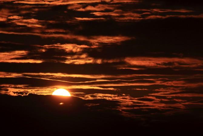 江戸川から撮影した夕陽