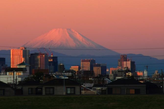 江戸川から見た富士山