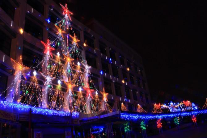 中山競馬場のクリスマスイルミネーション