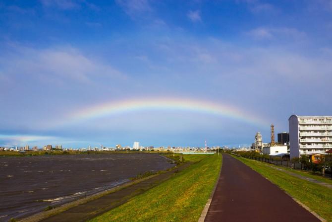 台風のあとの虹
