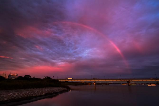 虹と夕焼け