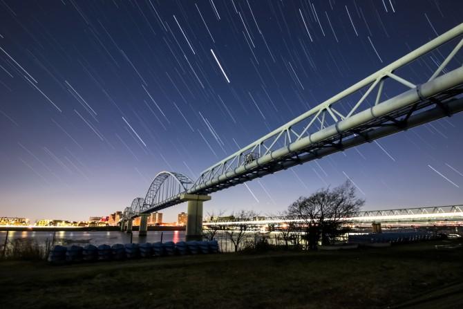 日の出前の江戸川放水路