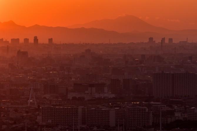日没のころの浅間山