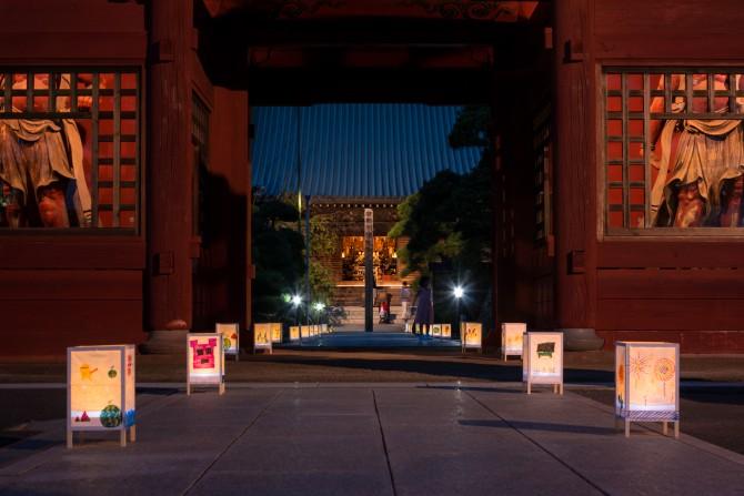 徳願寺 行灯ライトアップ
