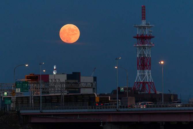 きのうの満月