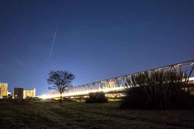 22日未明にオリオン座流星群の活動がピーク