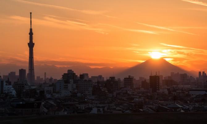 ダイヤモンド富士を見に行ってみませんか?