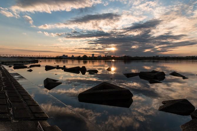 夕陽と江戸川
