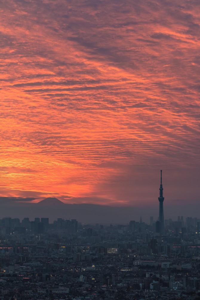 夕焼け空と富士山と