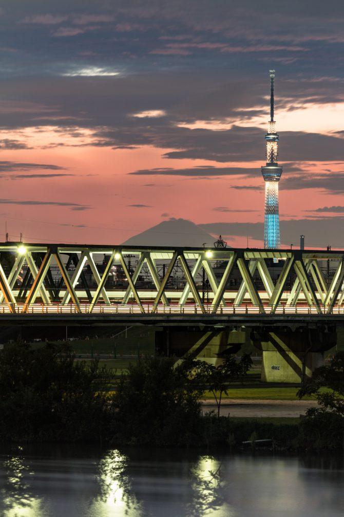 富士山とスカイツリーと市川橋