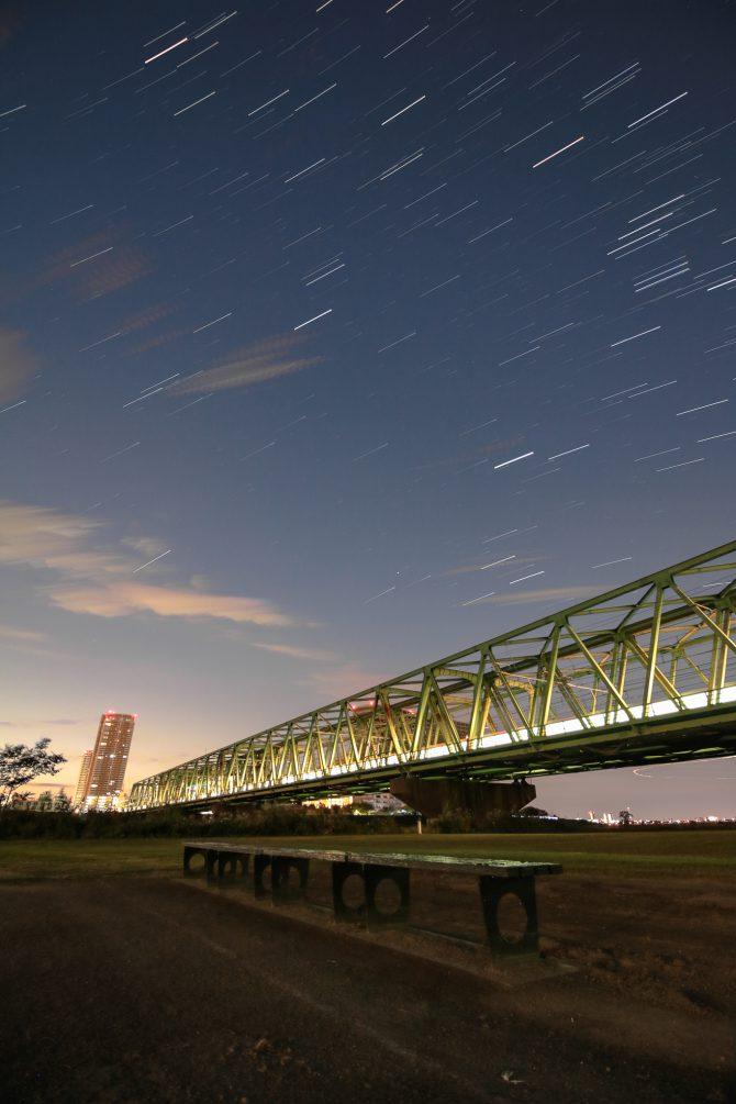 オリオン座流星群の活動が今晩ピークに