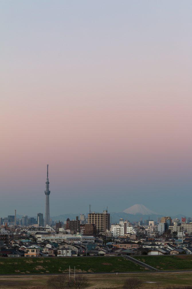 ヴィーナスの帯と富士山と 里見公園より