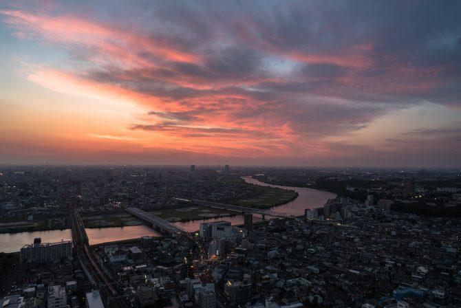 夕焼け空と江戸川
