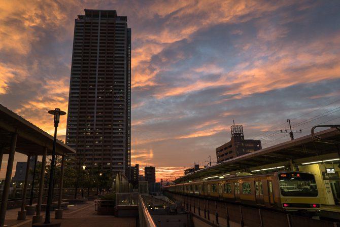 夕焼け空と市川駅