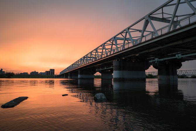 市川橋ときのうの夕焼け