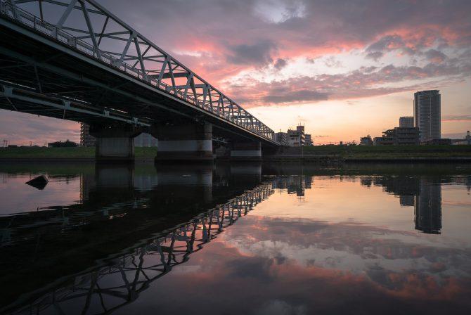 朝焼けの江戸川