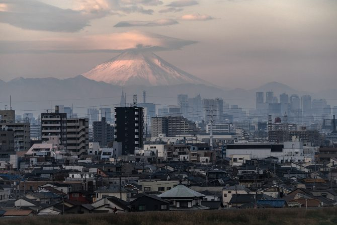 傘雲の富士山