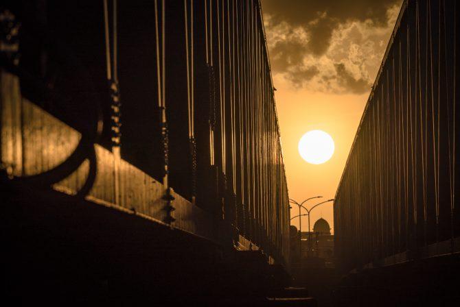 夕陽と市川橋