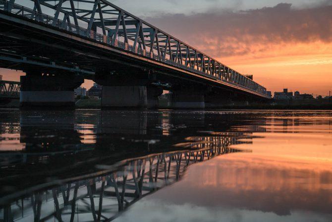 市川橋と夕焼け