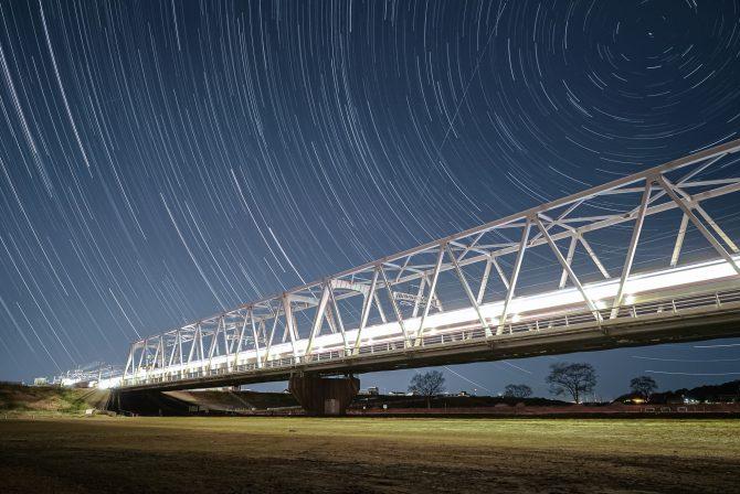 京成線と星の軌跡