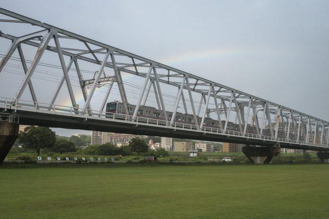 虹と京成線