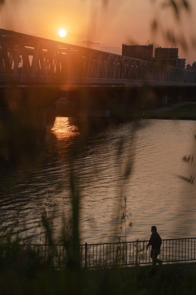 市川橋と夕暮れの江戸川