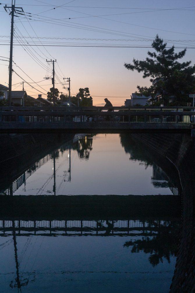 真間川の夜明け