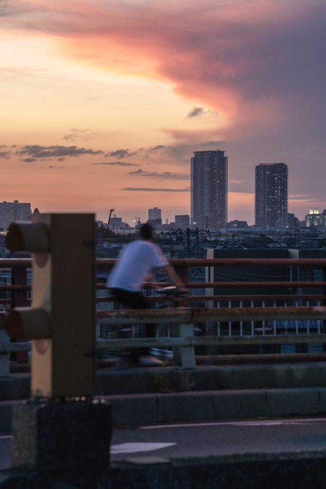 夕焼け空と市川駅周辺の街並み